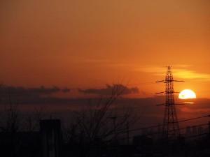 再び送電線と夕日